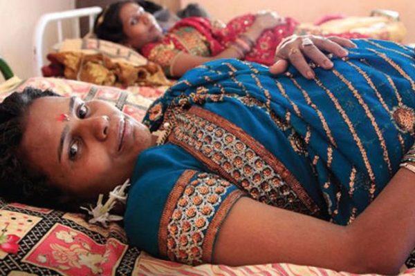 India megtiltja a külföldieknek, hogy béranyákat alkalmazzanak